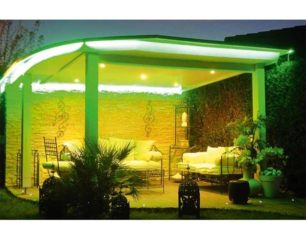 bornes d 39 clairage et appliques murales led pyramide. Black Bedroom Furniture Sets. Home Design Ideas
